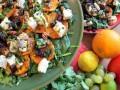 sałatka na sałacie przepis video, jak zrobić sałatkęna sałacie, pomysł na sałatkę na sałacie